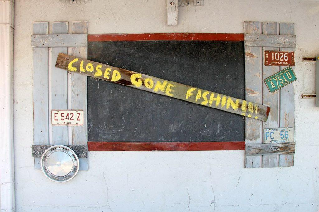 closed-315859_1280
